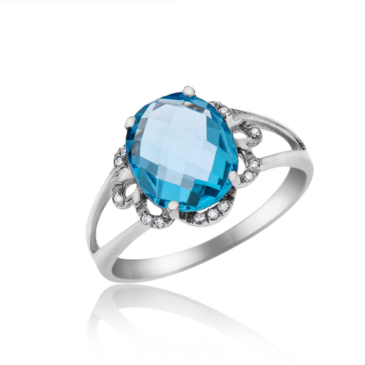 Blue Topaz and Diamonds Ring_RD3461BT-W